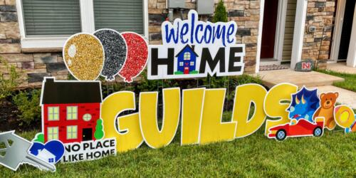Perfect Realtor Gift- Welcome Home, Family! Yard Card